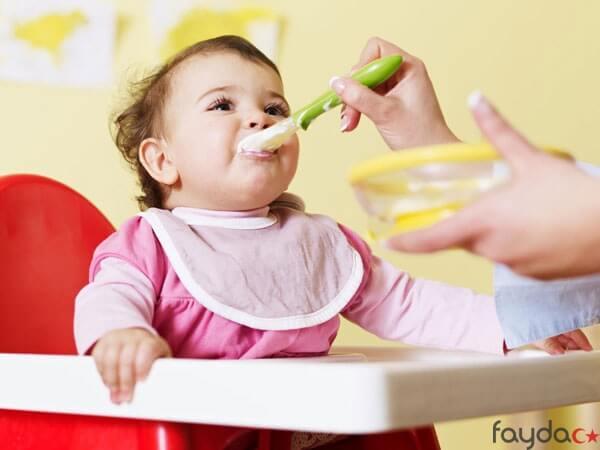 bebeklerde-ek-gidaya-gecis-nasil-olmali